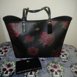 Coach floral tote with wallet